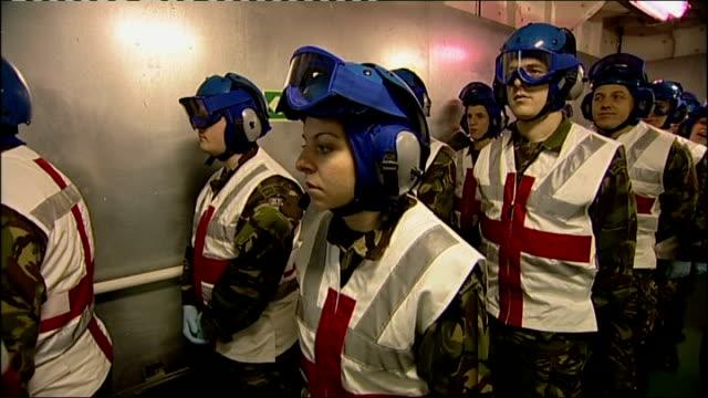 vidéos et rushes de duchess of cornwall visit to hospital ship rfa argus in portsmouth england hampshire portsmouth portsmouth naval base camilla duchess of cornwall out... - royal navy