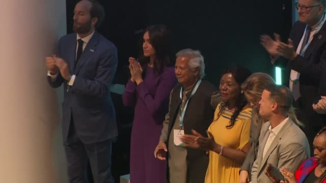 duchess of sussex attends one young world summit; england: london: royal albert hall: int meghan, duchess of sussex with people including david jones... - royal albert hall stock videos & royalty-free footage
