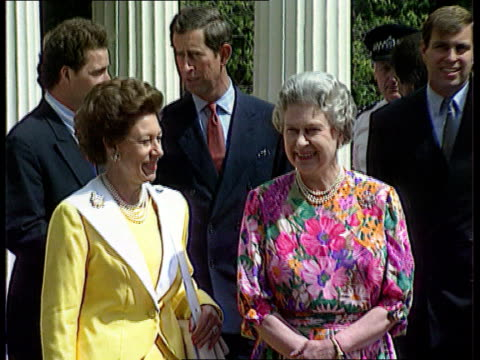 vídeos de stock, filmes e b-roll de photographs 4th august 1992 london clarence house cms queen smiles for cameras pull ms queen together with princess margaret and princess of wales... - 1992