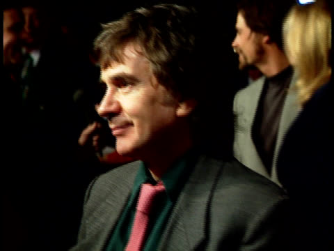 stockvideo's en b-roll-footage met a night to fight diabetes dudley moore on the red carpet - dudley moore