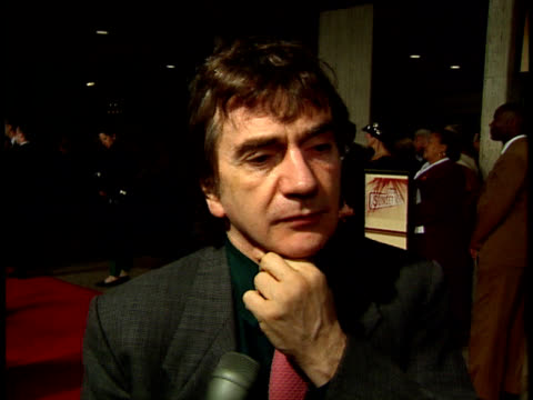 stockvideo's en b-roll-footage met a night to fight diabetes dudley moore talks about the play - dudley moore