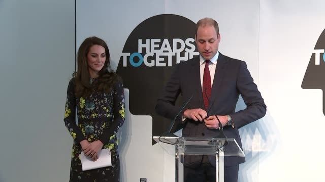 duke and duchess of cambridge and prince harry at heads together event duke and duchess of cambridge and prince harry at heads together event sir... - angesicht zu angesicht stock-videos und b-roll-filmmaterial