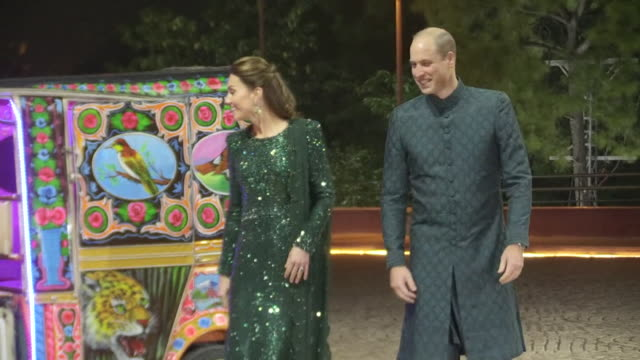 duke and duchess of cambridge arrive for reception at the pakistani national monument in islamabad in a tuk tuk during their tour of pakistan - pakistan stock videos & royalty-free footage