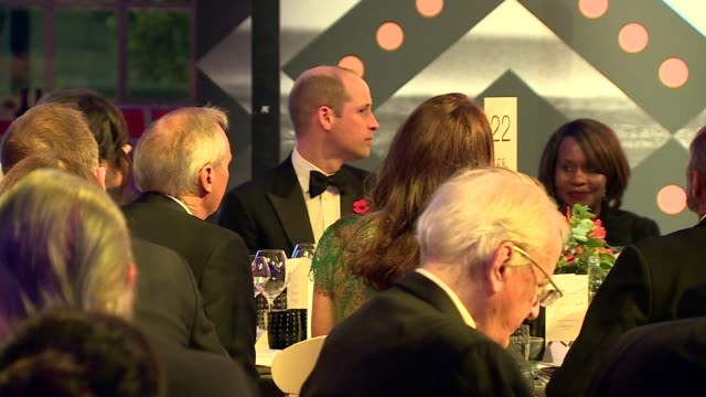 stockvideo's en b-roll-footage met duke and duchess of cambridge attend tusk conservation awards; england: london: westminster: banqueting house: guests stood / prince william, duke of... - kate silverton