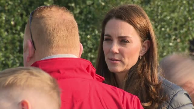 vídeos de stock e filmes b-roll de duke and duchess of cambridge in northern ireland: visit outdoor pursuits centre in fermanagh - part 1; northern ireland: fermanagh: roscor youth... - outdoor pursuit
