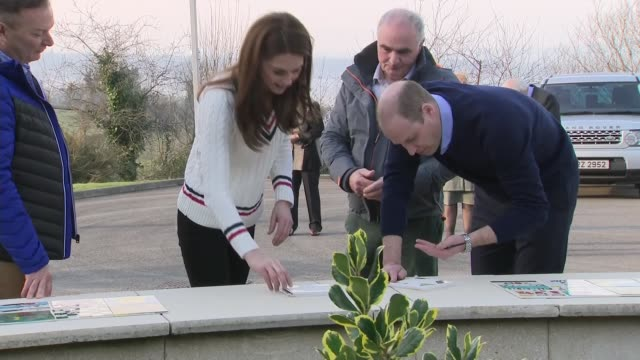 vídeos de stock e filmes b-roll de duke and duchess of cambridge in northern ireland: visit outdoor pursuits centre in fermanagh - part 2; northern ireland: fermanagh: roscor youth... - outdoor pursuit