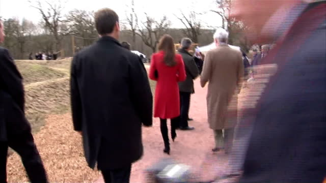 vídeos de stock e filmes b-roll de duke and duchess of cambridge join prince charles at open outdoor centre in ayrshire kate chatting to girl guides / prince william duke of cambridge... - cadete