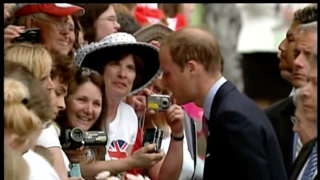 duke and duchess of cambridge royal tour of canada day 5 side view of prince william greeting canadian wellwishers - day 5 stock videos and b-roll footage