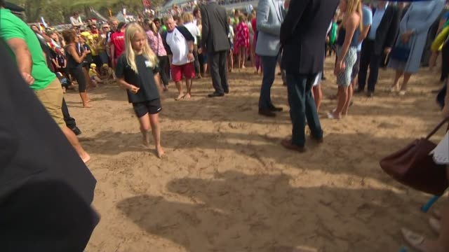 Duke and Duchess of Cambridge visit Wave Project in Newquay **Picture quality as incoming** Instructor and children doing surf demonstration for...