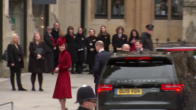 duke and duchess of sussex attend final public engagement as senior royals england london westminster westminster abbey prince william duke of... - ウィリアム王子点の映像素材/bロール