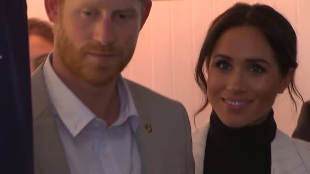 Duke and Duchess of Sussex Australia tour Invictus Games reception in Sydney AUSTRALIA Sydney PHOTOGRAPHY*** Man playing didgeridoo SOT Prince Harry...