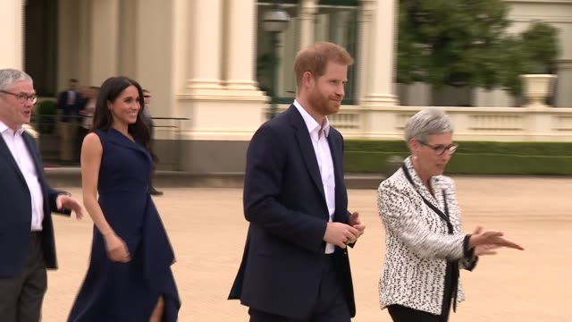 stockvideo's en b-roll-footage met duke and duchess of sussex australia tour melbourne government house reception australia victoria melbourne government house prince harry duke of... - rugby sport