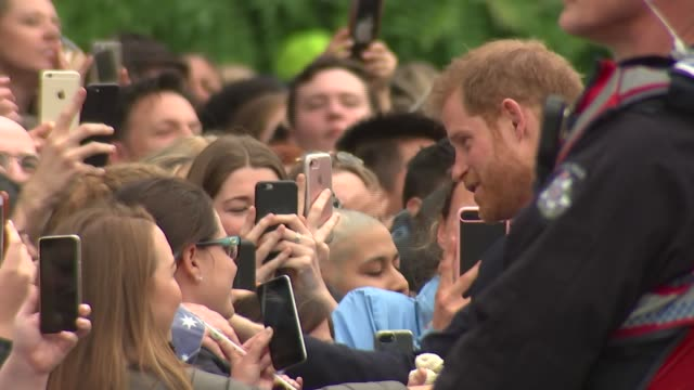 duke and duchess of sussex australia tour walkabout at melbourne government house australia victoria melbourne government house drive prince harry... - harry meghan tour stock videos and b-roll footage