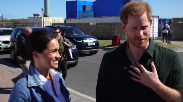 duke and duchess of sussex discuss 'global issue' of mental health as africa tour continues south africa cape town monwabisi beach ext meghan duchess... - meghan duchess of sussex stock videos & royalty-free footage