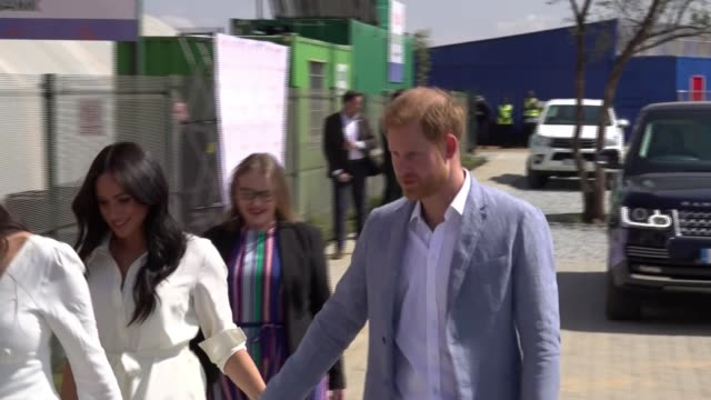 duke and duchess of sussex end south africa tour / couple take legal action against the mail on sunday south africa johannesburg tembisa township ext... - prince harry stock videos & royalty-free footage