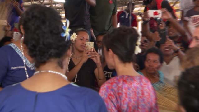 meghan visits suva market fiji suva suva municipal market meghan duchess of sussex along through market with melanie hopkins and others / meeting... - meghan duchess of sussex stock videos and b-roll footage