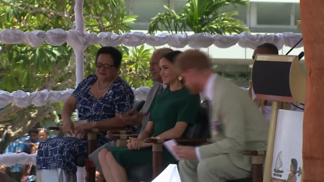 welcome ceremony and statue unveiling fiji nadi international airport prince harry duke of sussex speech sot prince harry meghan duchess of sussex... - harry meghan tour stock videos and b-roll footage
