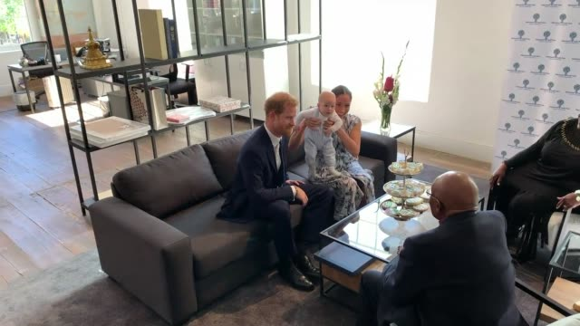 duke and duchess of sussex south africa tour sussexes meet archbishop desmond tutu south africa cape town desmond and leah legacy foundation int wide... - サセックス点の映像素材/bロール