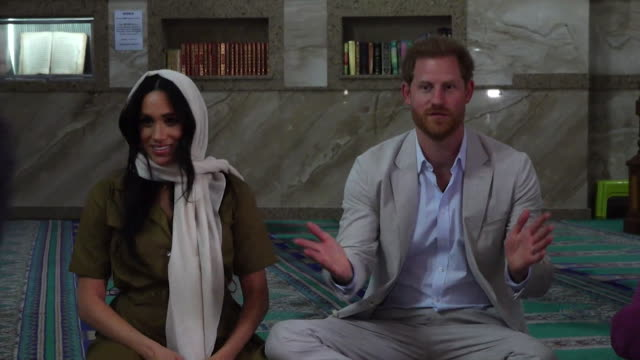 duke and duchess of sussex visit auwal mosque in bokaap cape town during their africa tour meghan wears headscarf - harry meghan tour stock videos and b-roll footage