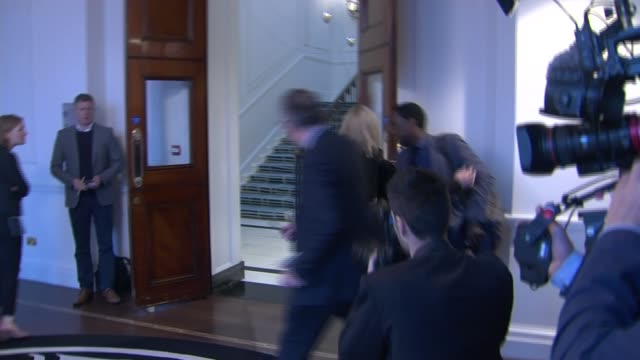 duke and duchess of sussex visit canada house england london trafalgar square ext car arriving and prince harry duke of sussex and meghan duchess of... - canada house stock videos and b-roll footage