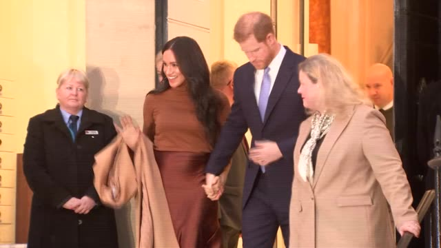duke and duchess of sussex visit canada house; england: london: trafalgar square: canada house: ext **some flash photography** prince harry, duke of... - prince harry stock videos & royalty-free footage