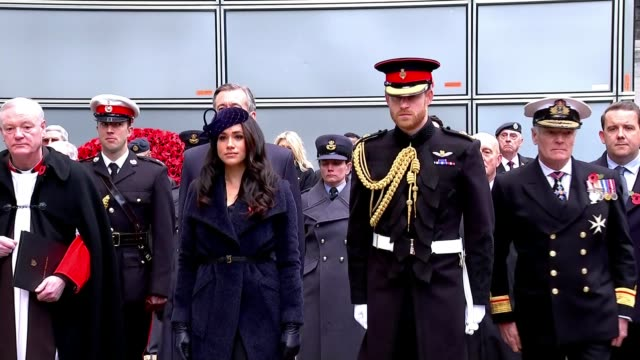 duke and duchess of sussex visit field of remembrance; england: london: westminster: field of remembrance: ext prince harry, duke of sussex and... - itv stock videos & royalty-free footage