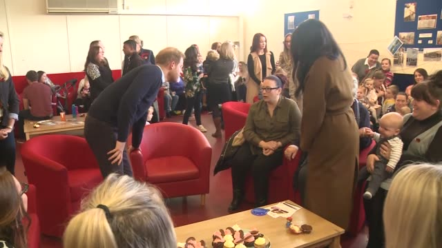 duke and duchess of sussex visit forces families in windsor england berkshire windsor int gvs prince harry duke of sussex and meghan duchess of... - mother stock videos & royalty-free footage