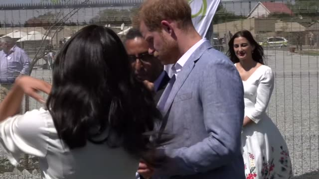 duke and duchess of sussex visit township in johannesburg; south africa: johannesburg: tembisa township: int prince harry, duke of sussex and meghan,... - journey stock videos & royalty-free footage