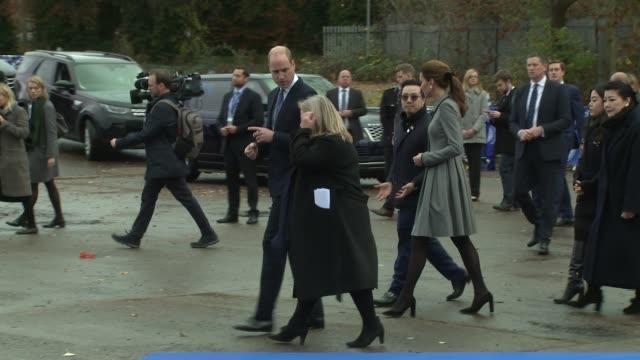 duke of cambridge duchess of cambridge at leicester city stadium on november 28 2018 in leicester england - herzogin stock-videos und b-roll-filmmaterial