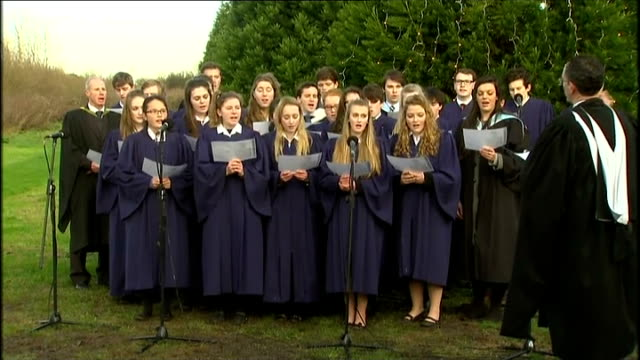 duke of cambridge unveils memorial to ww1 christmas truce choir singing silent night sot / roy hodgson greg dyke spencer turner prince william and... - greg dyke stock videos & royalty-free footage