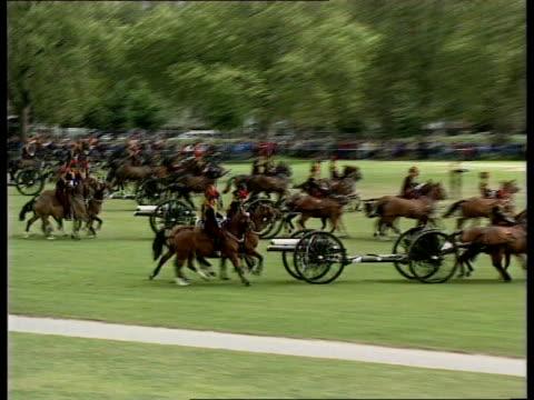 duke of edinburgh 70th birthday celebrations; hyde park: queen elizabeth ii & duke of edinburgh in horse-drawn carriage along towards: queen & prince... - horsedrawn stock videos & royalty-free footage