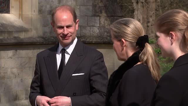 duke of edinburgh death: prince andrew describes death as leaving 'huge void' in queen's life; england: berkshire: windsor: ext general views of... - doorway stock videos & royalty-free footage