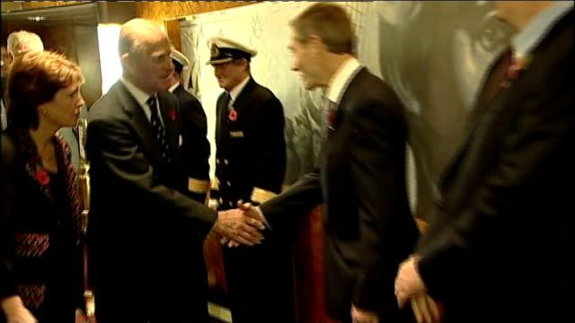 hampshire southampton throughout *** prince philip duke of edinburgh meeting ship's staff / philip and ship's staff observing two minutes' silence... - イングランド サウサンプトン点の映像素材/bロール