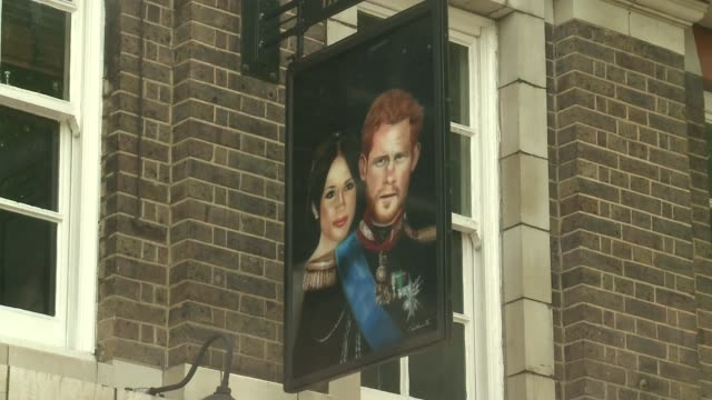 Duke of Sussex pub in Waterloo pays tribute to Harry and Meghan ENGLAND London Waterloo EXT 'The Duke of Sussex' pub Pub sign painting of Prince...