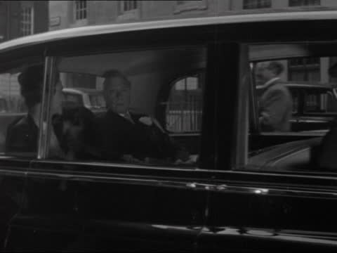 duke of windsor leaves claridge's; england: london: mayfair: claridge's: ext gv edward, duke of windsor along to car l-r gv away in car with wallis,... - itv evening bulletin stock videos & royalty-free footage