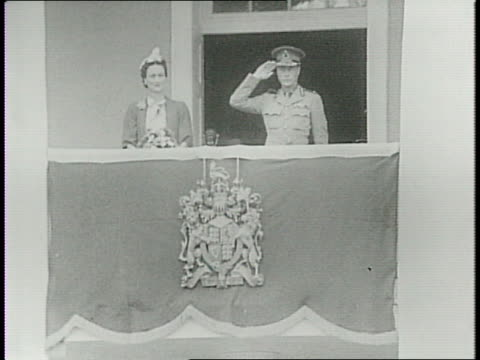 duke of windsor on a throne taking oath in the government house duchess off to side fanning herself / the two shaking hands with officials / balcony... - bahamas stock videos & royalty-free footage