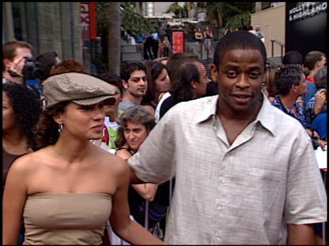 dule hill at the american idol finale at the kodak theatre in hollywood california on september 4 2002 - american idol stock videos and b-roll footage