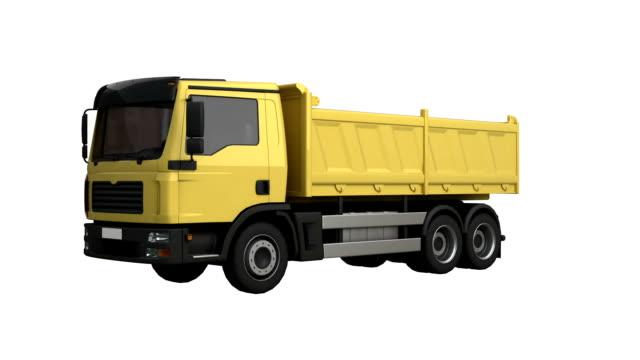 vídeos de stock, filmes e b-roll de caminhão de descarga rotação isolada com luma matte - filme colagem
