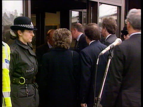 stockvideo's en b-roll-footage met dunblane massacre aftermath:; l) scotland: glasgow: front of hotel where pm john major spent night before travelling to dunblane major out of hotel... - crime and murder