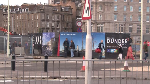 dundee is in the midst of a £1 billion waterfront regeneration project stretching 8km along the river tay. it is one of the top twenty such projects... - lorraine kelly stock videos & royalty-free footage