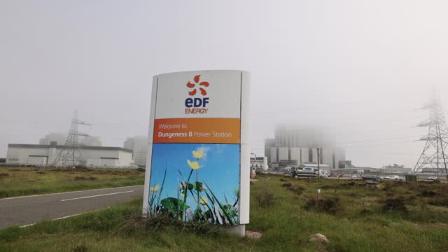dungeness 'b' power station as edf announces its early closure, in dungeness, kent, u.k. on thursday, june 10, 2021. - power line stock videos & royalty-free footage