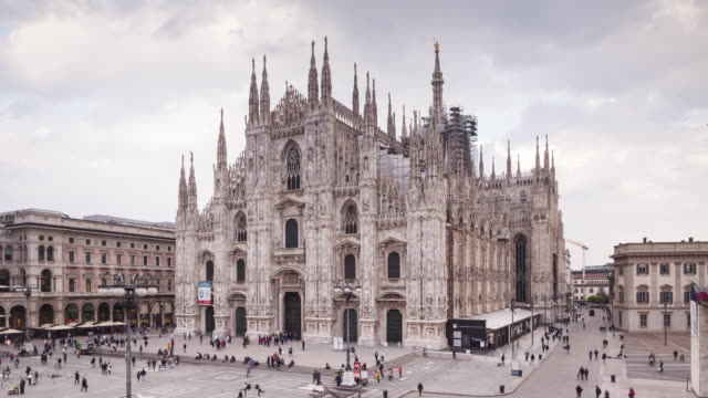duomo and piazza del duomo in milan, italy. - cathedral stock videos & royalty-free footage