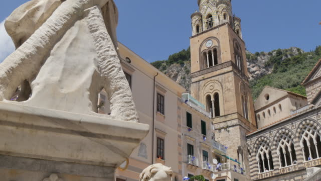 Duomo di Amalfi and statue on Duomo Piazza, Amalfi, Costiera Amalfitana (Amalfi Coast), UNESCO World Heritage Site, Campania, Italy, Europe