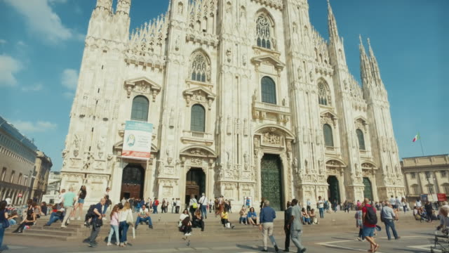 duomo di milano church, in italy - cathedral stock videos & royalty-free footage