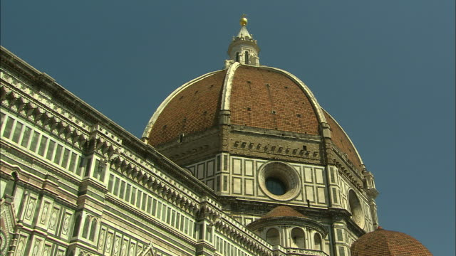 duomo, florence, italy - dome stock videos & royalty-free footage