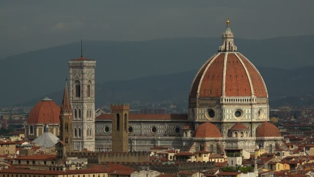 vídeos de stock, filmes e b-roll de duomo santa maria del fiore, florence, unesco world heritage site, tuscany, italy, europe - domo