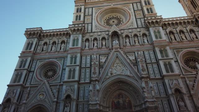duomo santa maria del fiore - gothic stock videos & royalty-free footage