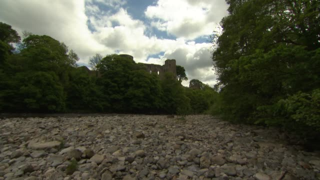 durham and barnard castle general views; england: county durham: barnard castle: gvs ruins of barnard castle and surrounding river and countryside - county durham england stock videos & royalty-free footage