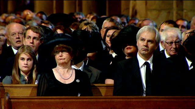 vídeos de stock, filmes e b-roll de kathryn jenkins singing pie jesu sot lady elsie robson listening professor ruth plummer eulogy sot - sir bobby was asked once why he set up his... - pie humano