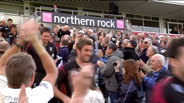 durham win the division one county championship england durham chester le street ext **'song 'we are the champions' by queen heard sot** durham... - chester inghilterra video stock e b–roll
